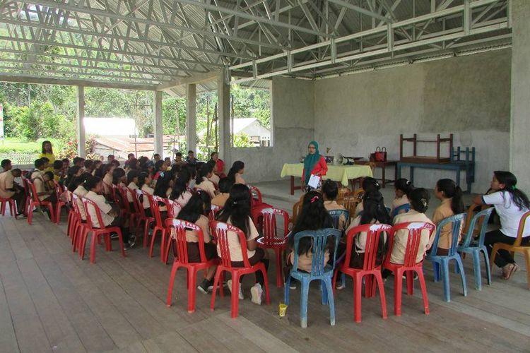 Sosialisasi pencegahan kekerasan seksual terhadap pelajar di Desa Kelei, Kecamatan Pamoona, Puselemba, Poso.