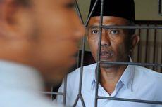 Divonis 3 Tahun Penjara, Pengarang