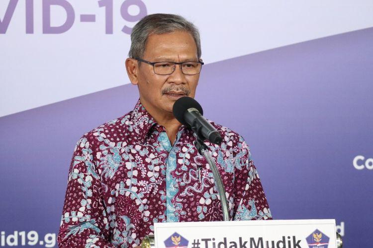 Juru Bicara Pemerintah untuk Penanganan Covid-19 Achmad Yurianto dalam keterangan resmi di Media Center Gugus Tugas Percepatan Penanganan Covid-19 di Graha Badan Nasional Penanggulangan Bencana (BNPB), Jakarta, Senin (4/5/2020).