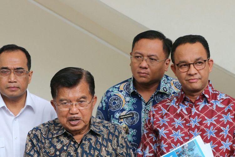 Wapres Kalla usai memimpin rapat penataan transportasi Jakarta