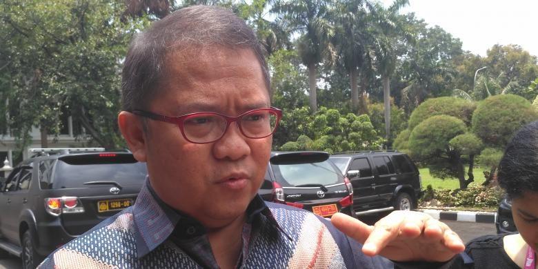 Menteri Komunikasi dan Informatika Rudiantara di Kemenkopolhukam, Jakarta, Rabu (5/10/2016)