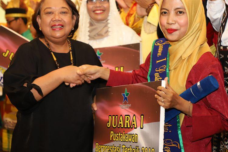 Pustakawan asal Daerah Istimewa Yogyakarta, Arda Putri Winata, terpilih sebagai pustakawan terbaik Nasional 2019.