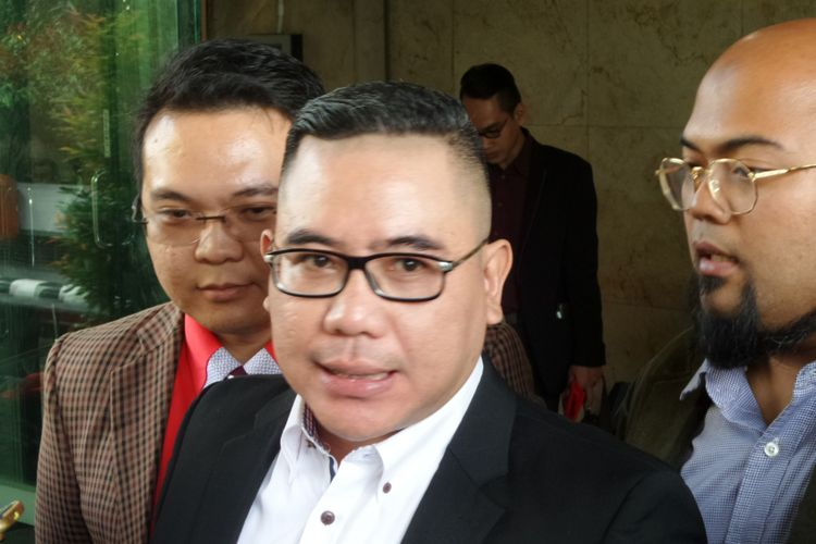 Pengacara CEO MNC Group Hary Tanoesoedibjo, Adi Dharma Wicaksono melaporkan Jaksa Agung Muhammad Prasetyo ke Bareskrim Polri, Senin (19/6/2017).