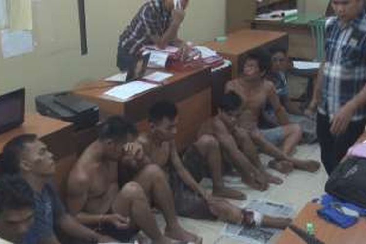 7 dari 13 pelaku illegal tapping pipa milil PT Pertamina Asset 2 Prabumulih ditangkap gabungan polisi dari Satreskrim Polres Prabumulih dan Polsek Rambang Kapak Tengah