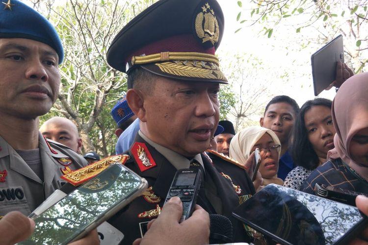 Kapolri Jenderal Pol Tito Karnavian di Taman Makam Pahlawan (TMP) Kalibata, Jakarta Selatan, Minggu (2/6/2019).