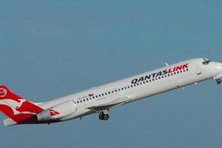 Sebuah Boeing 717 milik maskapai penerbangan Australia, Qantas.