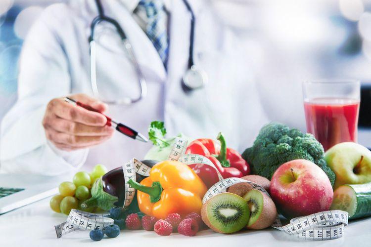 Ilustrasi sayur dan buah yang mengandung gizi tinggi.