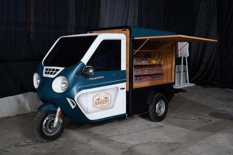 Modifikasi Kendaraan Roda Tiga Listrik dengan konsep Roti Keliling