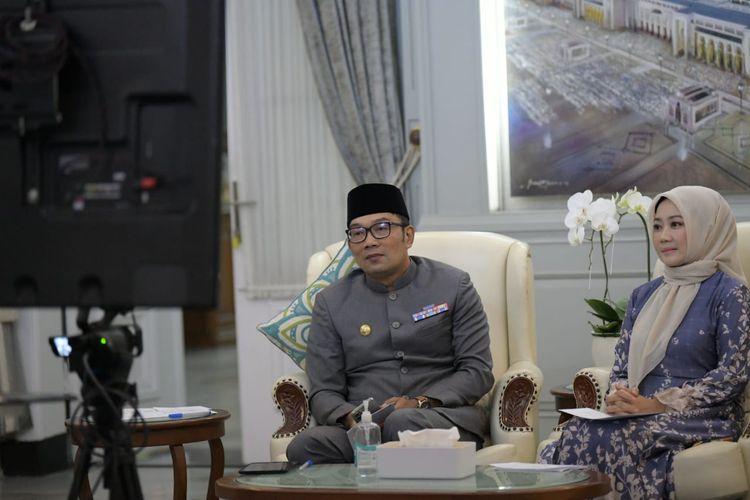 Gubernur Jabar Ridwan Kamil saat memberikan sambutan dzikir dan doa bersama untuk kesehatan dan keselamatan warga Jabar secara virtual dari Gedung Pakuan, Kota Bandung, Kamis (8/7/2021) malam.
