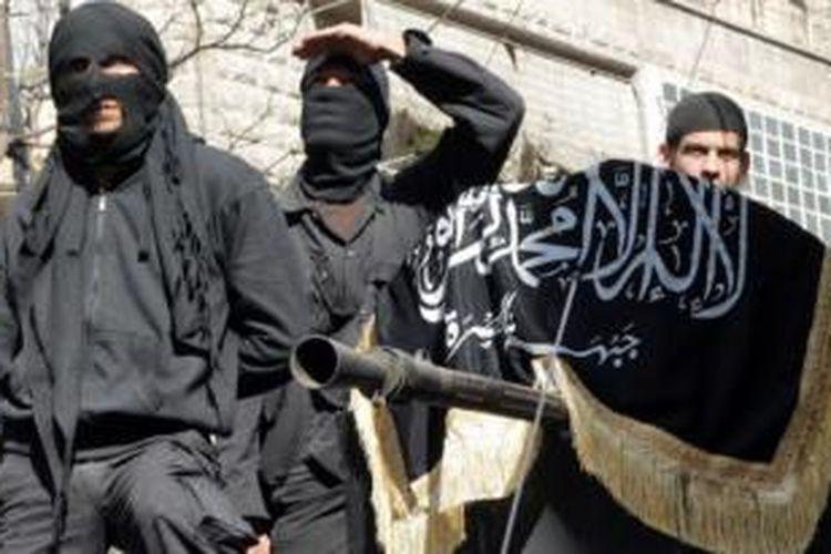 Al-Qaeda menganggap Front Al-Nusra adalah satu-satunya perwakilan organisasi itu di Suriah.