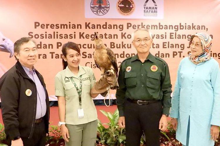 Taman Safari Indonesia resmikan Kandang Perkembangbiakan Elang Jawa, Sabtu (27/4/2019).