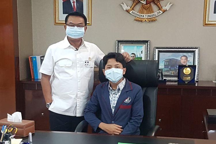 Muhammad Ilham, siswa Cahaya Rancamaya Islamic Boarding School, saat diterima Kepala Staf Kepresidenan Moeldoko dalam rangka peringatan Hari Anak Nasional, Kamis 23 Juli 2020.(DOK. CRIBS)