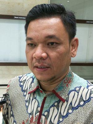 Ketua DPP Golkar Ace Hasan Syadzily di Kompleks Parlemen, Senayan, Jakarta, Senin (16/4/2018)