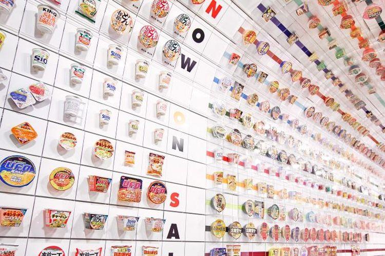 Instan Noodles Tunnel di Cup Noodles Museum