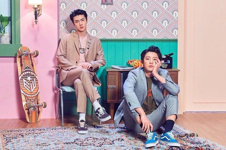 Dua member boyband EXO, Sehun (kiri) dan Chanyeol.