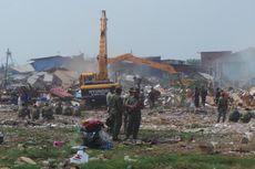 Penertiban di Waduk Ria Rio Ricuh, Warga Lempari Petugas dan Alat Berat