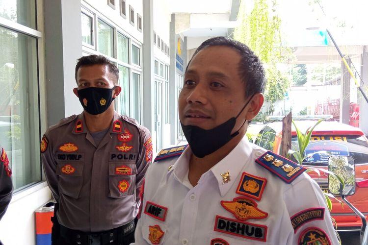 kepala Dishub Kota Yogyakarta Bersama pihak kepolisian saat ditemui di kantor Dishub, Giwangan, Kota Yogyakarta, Rabu (2/6/2021)
