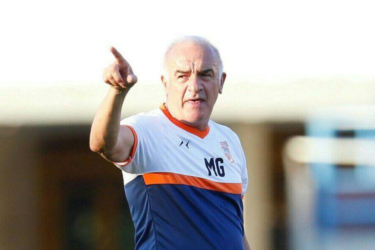 Pelatih baru Borneo FC, Roberto Carlos Mario Gomez, resmi diperkenalkan ke publik, Kamis (184/2019)