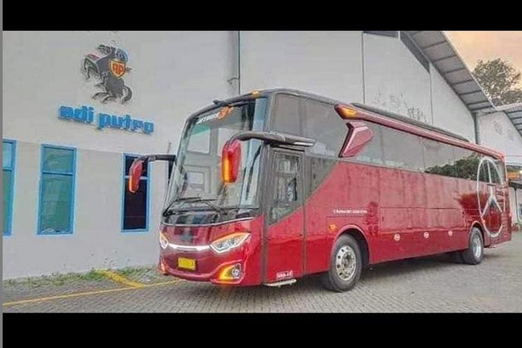 Bus single glass Adiputro
