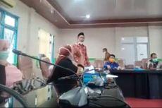 Heboh Anggota DPRD Maluku Tengah Ngamuk Balikkan Meja dan Lempar Mikrofon, Ini Penjelasannya