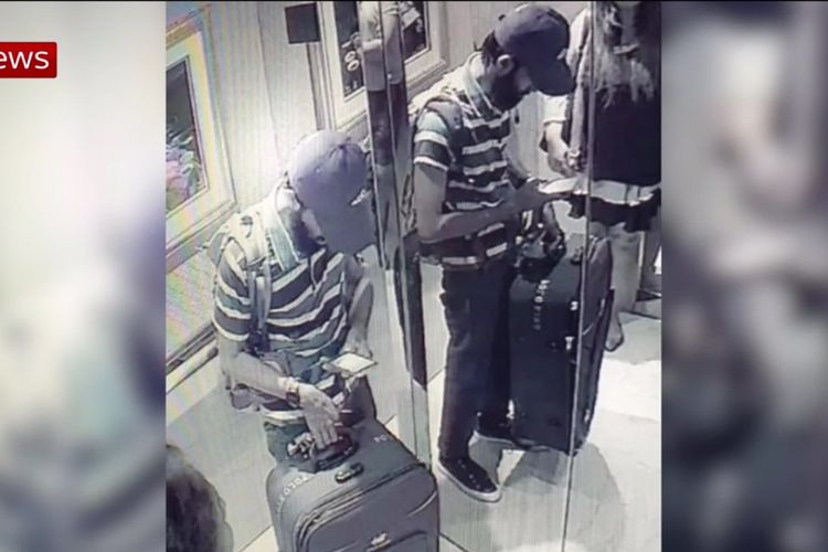 Rekaman yang diperoleh Sky News menunjukkan pelaku bom bunuh diri Sri Lanka yang diyakini bernama Abdul Lathief Jameel Mohamed tengah melaksanakan aksinya di Hotel Taj, Colombo.