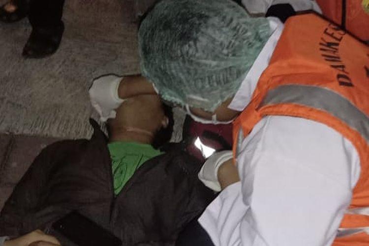Korban yang lehernya terjerat tali layangan di Denpasar