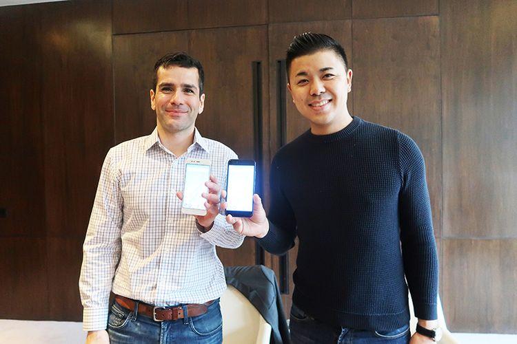 Global Director of Android Programs, Jon Gold (kiri), bersama Director of Product Management Xiaomi, Donovan Sung (kanan), usai wawancara khusus dengan KompasTekno, Selasa (5/8/2017), di Hotel Andaz, New Delhi, India.