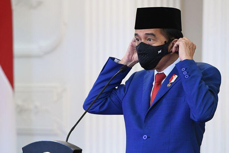Presiden Joko Widodo bersiap menyampaikan pidato untuk ditayangkan dalam Sidang Majelis Umum ke-75 PBB secara virtual di Istana Bogor, Jawa Barat, Rabu (23/9/2020). Dalam pidatonya Presiden Joko Widodo mengajak pemimpin dunia untuk bersatu dan bekerja sama dalam menghadapi pandemi Covid-19.