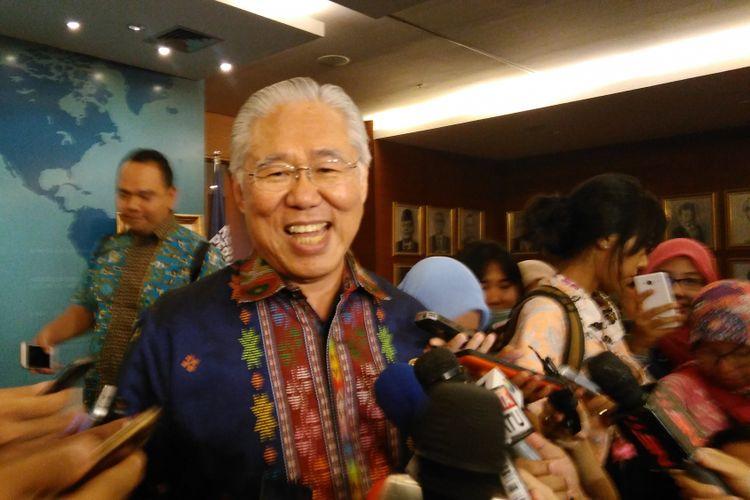 Menteri Perdagangan (Mendag) Enggartiasto Lukita setelah melakukan halal bihalal di Kementerian Perdagangan, Jakarta Pusat, Selasa (4/7/2017).