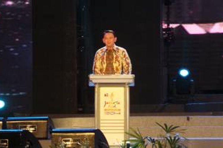 Pelaksana Tugas (Plt) Gubernur DKI Jakarta Basuki Tjahaja Purnama saat memberikan sambutannya dalam pembukaan Jakarta Fair 2014, Arena PRJ Kemayoran, Jakarta, Senin (9/6/2014).