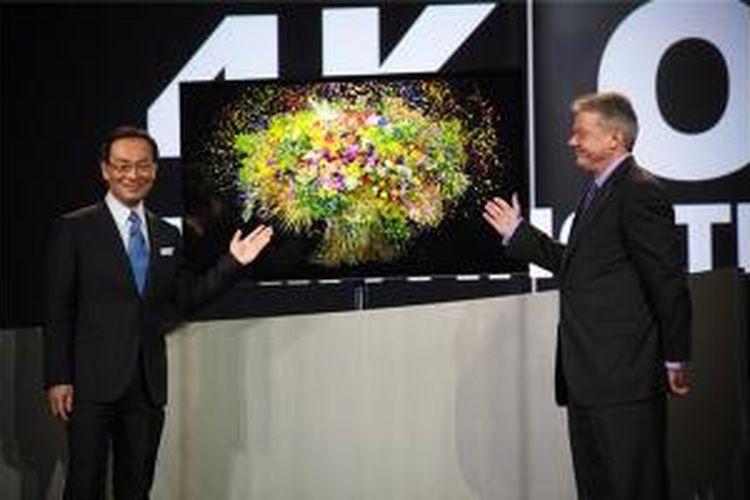 Panasonic pamerkan TV OLED pada ajang CES 2013 lalu