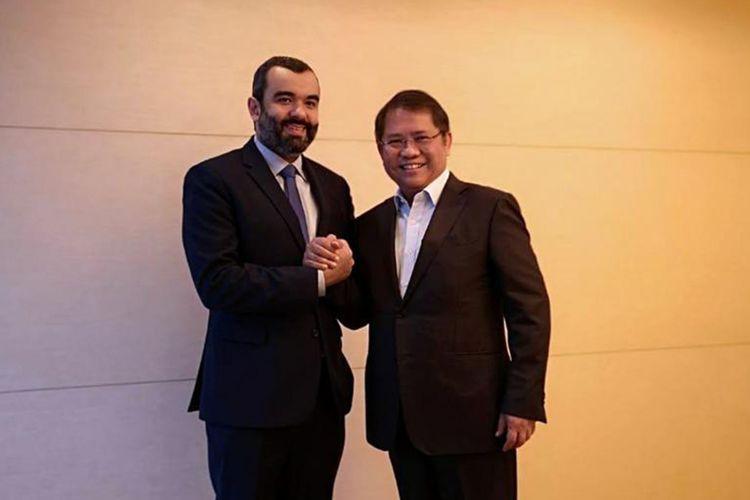 Menteri Kominfo Rudiantara bersama Menteri Komunikasi dan TIK Kerajaan Arab Saudi, Abdullah Alswaha usai pertemuan bilateral dalam Forum Menteri Perdagangan dan Ekonomi Digital Negara G20 di Tsukuba, Jepang, Jumat (7/6/2019).