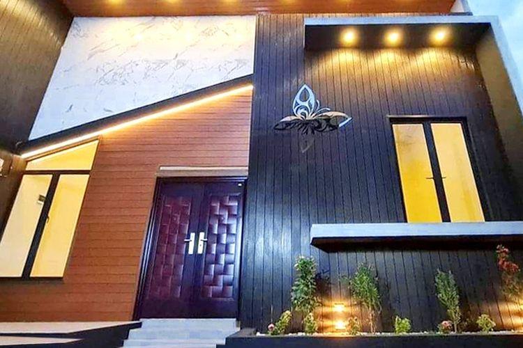 PT Jaya Bersama Saputra (JBS) Perkasa meraup dua penghargaan  kategori Bahan Bangunan, masing-masing Top Brand Award 2021 sebagai Pintu Rumah Berbahan Baja Terbaik dan Indonesia Award Magazine (IAM) 2021 sebagai Indonesia Best Product kategori Pintu Baja Motif Kayu.