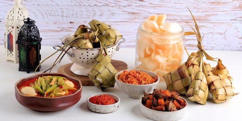 Kenapa Orang Indonesia Suka Berbagi Makanan Lebaran?