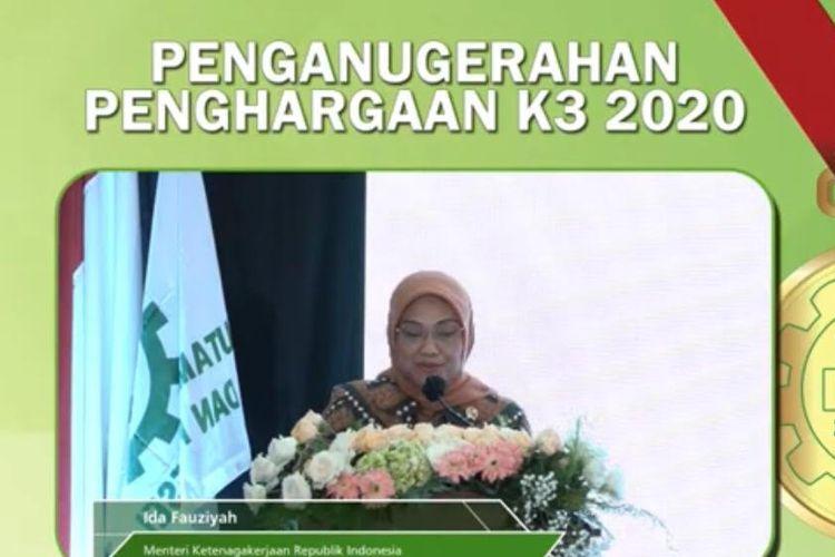 Menteri Tenaga Kerja (Menaker) Ida Fauziyah menyerahkan penghargaan kepada PGN berupa Penghargaan Keselamatan dan Kesehatan Kerja (K3) secara virtual, Kamis (8/10/2020).