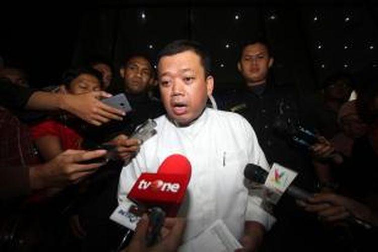 Kepala Badan Nasional Penempatan dan Perindungan Tenaga Kerja Indonesia (BNP2TKI) Nusron Wahid mendatangi Kantor Komisi Pemberantasan Korupsi (KPK) di Kuningan, Jakarta, Jumat (5/12/2014). Nusron melakukan diskusi dengan KPK terkait tata kelola TKI. TRIBUNNEWS/DANY PERMANA