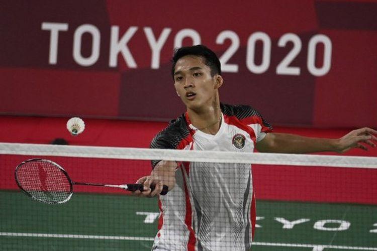 Pebulu tangkis tunggal putra Indonesia, Joncatan Christie, ketika menghadapi wakil Singapura, Loh Kean Yew, pada laga terakhir Grup G Olimpiade Tokyo 2020 di Musashino Forest Sports Plaza, Rabu (28/7/2021) petang WIB.