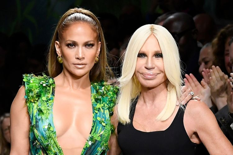 Mandatory Credit: Photo by WWD/Shutterstock (10418535a) Jennifer Lopez and Donatella Versace on the catwalk Versace show, Runway, Spring Summer 2020, Milan Fashion Week, Italy - 20 Sep 2019