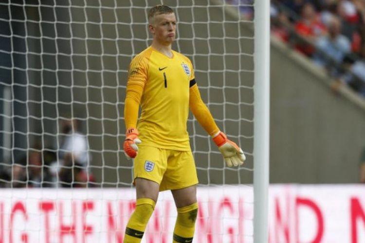 Aksi Jordan Pickford dalam partai uji coba antara timnas Inggris kontra Nigeria di Stadion Wembley, London, 2 Juni 2018.