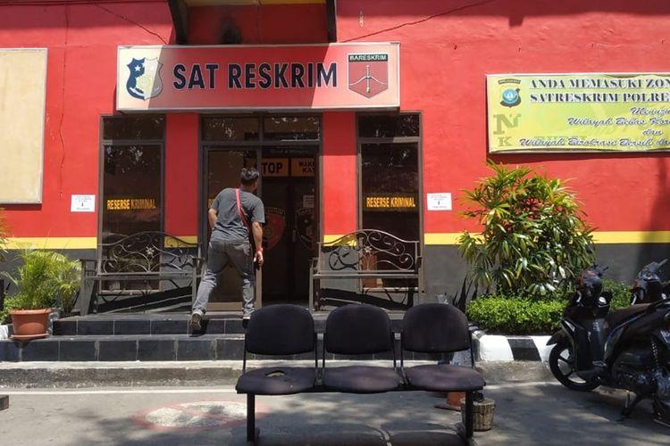 6 pejabat yang ada di Lingkungan Pemerintahan Provinsi Kepulauan Riau kembali dilakukan pemeriksaan yang dilakukan oleh Komisi Pemberantasan Korupsi (KPK), Selasa (20/8/2019).
