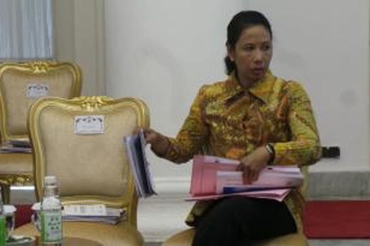 Menteri BUMN Rini Soemarno di Istana Bogor