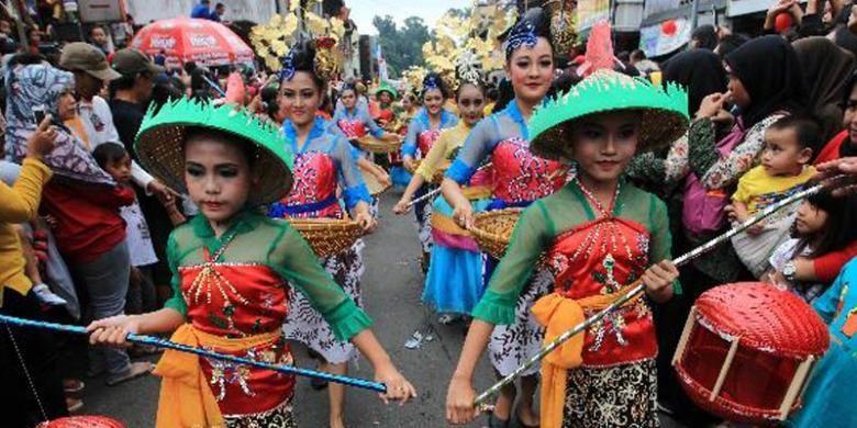 Suasana Pesta Rakyat Bogor Cap Go Meh 2015, Kamis (5/3/2015). Pesta budaya ini bertepatan dengan perayaan Cap Go Meh, yang melambangkan hari terakhir dari masa perayaan Tahun Baru Imlek.