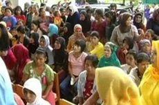 Warga Miskin Protes Sembako Murah Habis Dibeli Orang Mampu