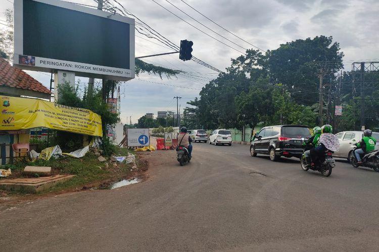 Jalan Hasibuan, Bekasi, ditutup pada Kamis (5/3/2020).