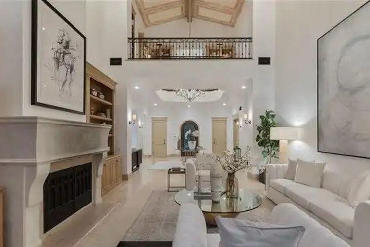 Isi bekas rumah Britney Spears yang berlokasi di Beverly Hills.