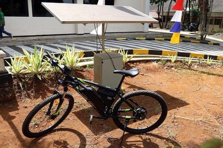 Sepeda Listrik Tenaga Matahari Karya Mahasiswa Unpad