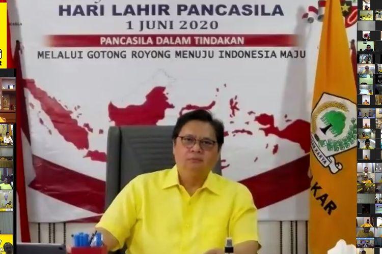Ketua Umum Partai Golkar, Airlangga Hartarto dalam Rapat Koordinasi Teknis (Rakornis) Pemenangan Pemilu Dewan Pimpinan Pusat (DPP) Partai Golkar yang digelar secara virtual, Senin (01/06/2020).