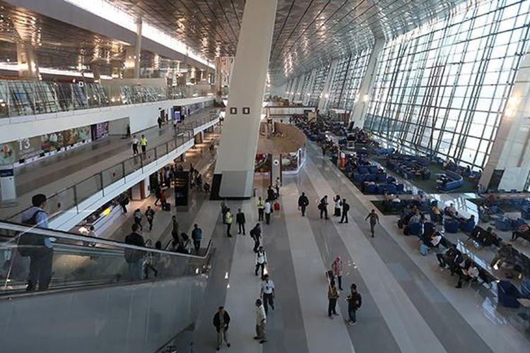 Suasana di Terminal 3 Ultimate Bandara Soekarno-Hatta, Tangerang, Banten, Selasa (9/8/2016).