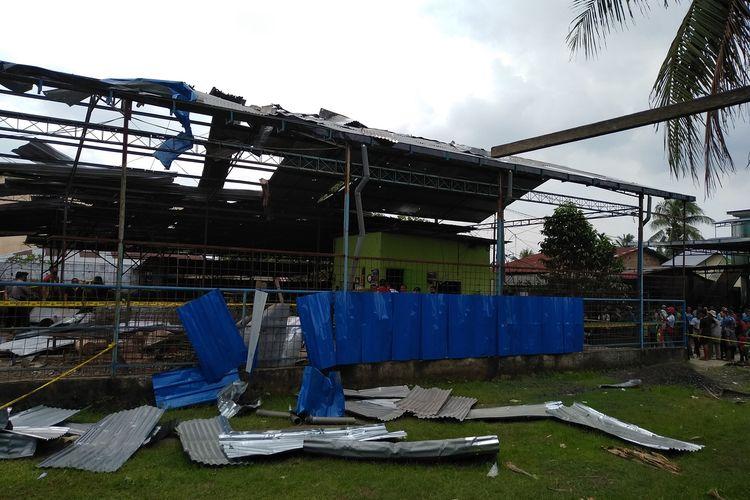 Puing-puing ledakan bengkel KM29 di Hamparan Perak, Deli Serdang pada Kamis (27/8/2020) pagi tadi.