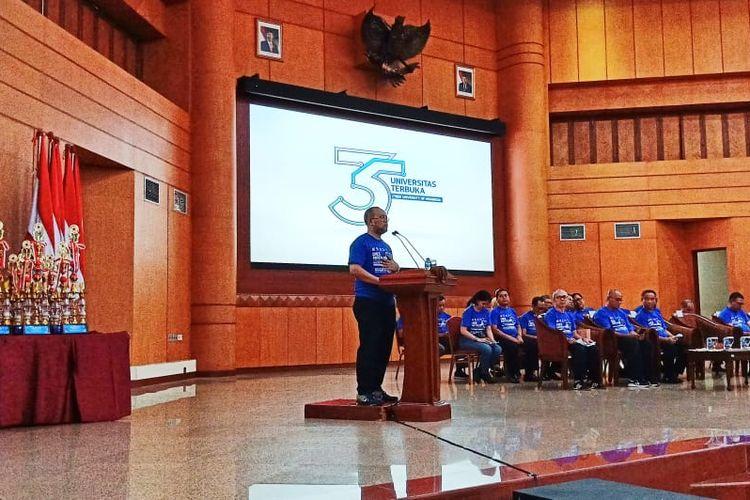 Sebagai rangkaian kegiatan Dies Natalis ke-35/Lustrum VII Universitas Terbuka (UT) menggelar Tumamen Tenis Meja Pelajar Nasional Piala Universitas Terbuka ke-7 di Universitas Terbuka Convention Center, Tangerang Selatan, pada 15 - 17 Agustus 2019.